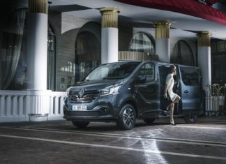 Renault Trafic SpaceClass (The Car Expert)