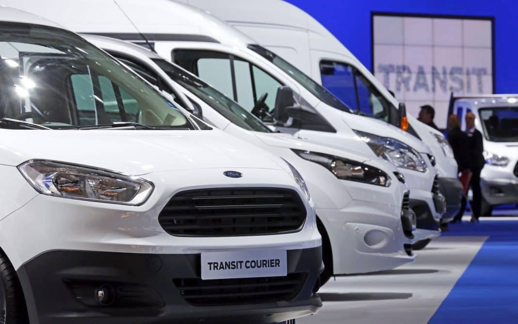 Things to consider when buying a van (The Car Expert)