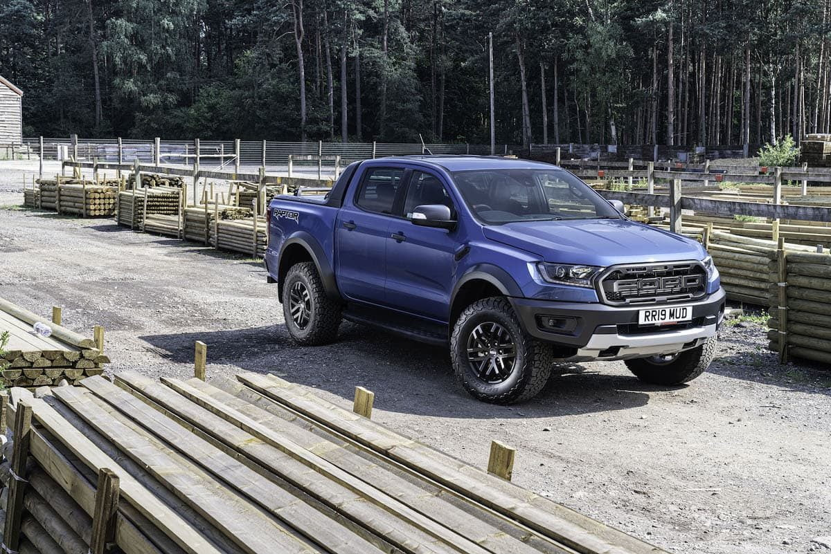 Ford Ranger Raptor review 2019 - wallpaper | The Van Expert