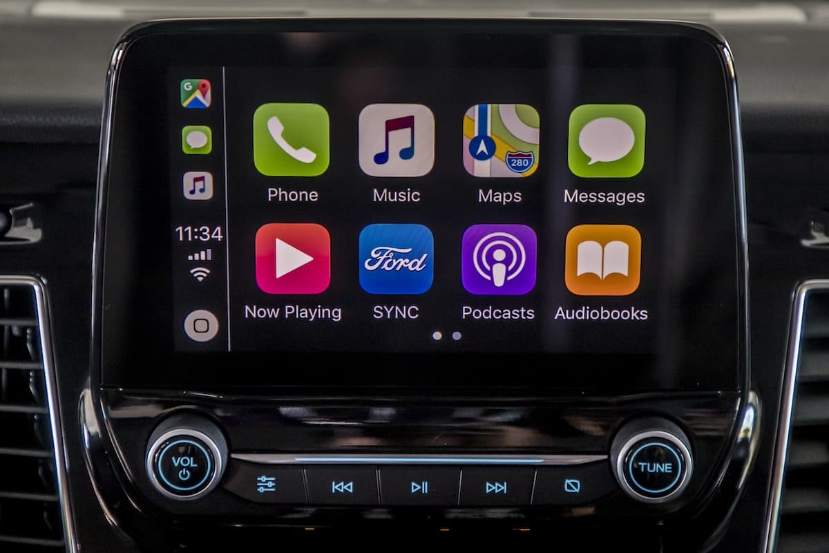 Ford Transit – Apple Carplay | The Van Expert